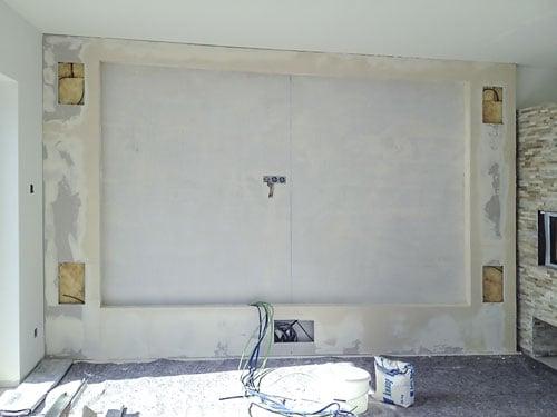 85″-TV hinter edler Glaswand – HIFI-PROFIS Darmstadt