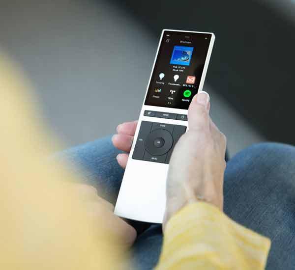 NEEO Smart-Remote – HIFI-PROFIS
