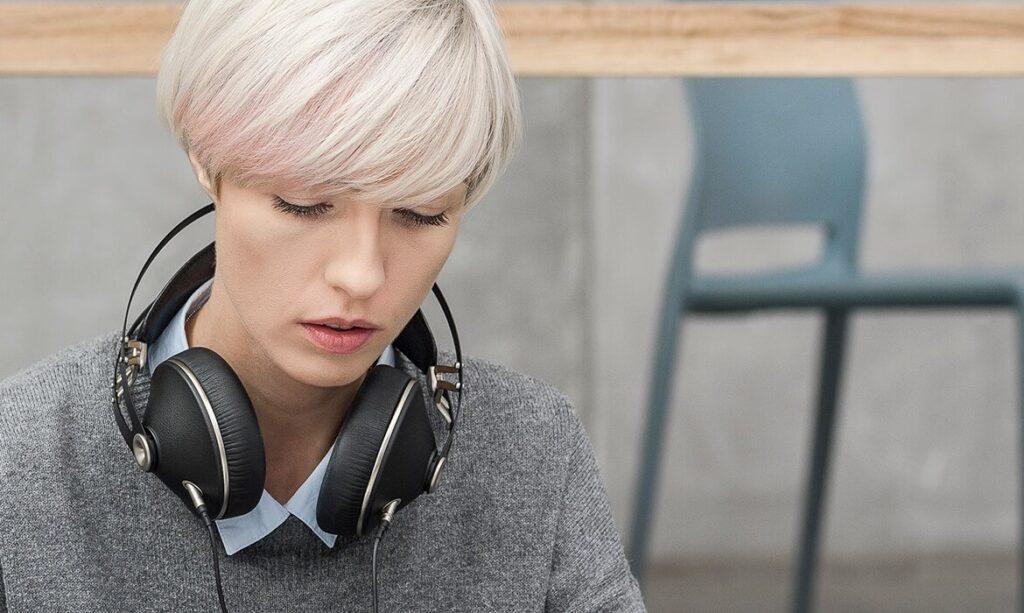 Meze Audio 99 Neo Content 2